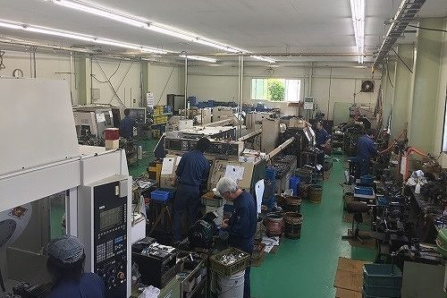 白鳥精機 工場内